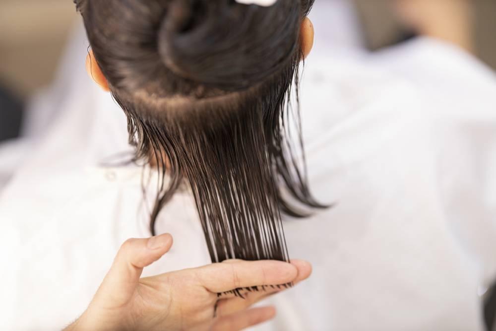 stříhání vlasů doma